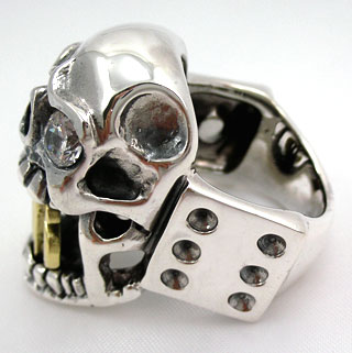 Buckbiter Craps Diamond Skull Ring - Click Image to Close