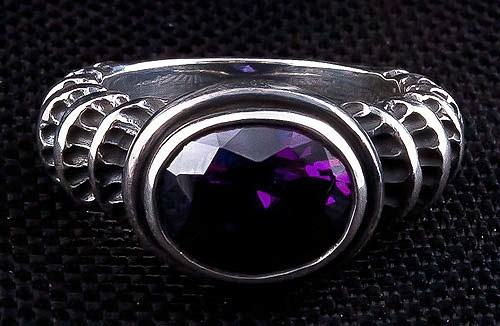 Amethyst Gothic Ring gtr017 7600 Fatboy Silver Skull Rings