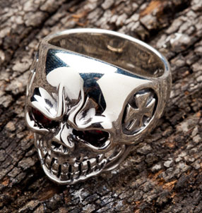 Evil Iron Cross Skull Ring